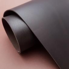 Кожа теленок Chinook Calf сорт 1 цвет эспрессо (темно-коричневый) 34х938х33 см. Дубильня Law Tanning США.