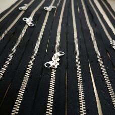 Молния YKK. Standard Polished №3. Антиникель, чёрный неразъёмная, двухзамковая 50 см.