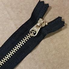 Молния YKK. Standard Polished №3 Color 580. Латунь, чёрный неразъёмная 20 см.
